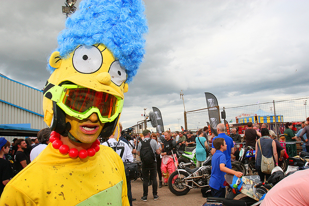 Marge Simpson Dirt Quake V
