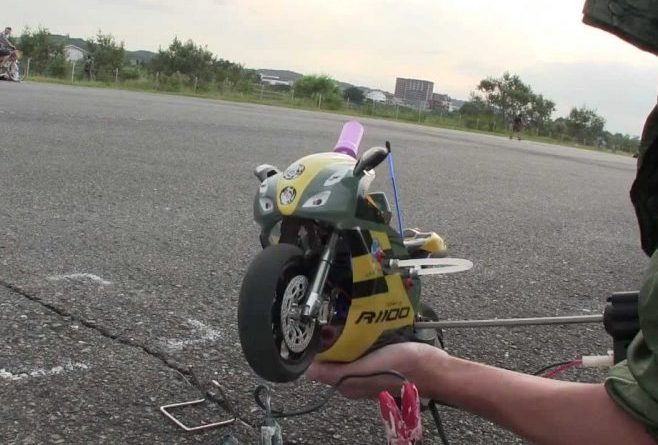 You can even fit nitrous to a remote-controlled bike